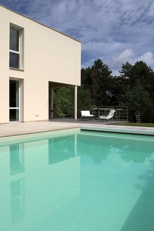 Quelle piscine choisir mod les piscine mag maison for Prix piscine carre bleu
