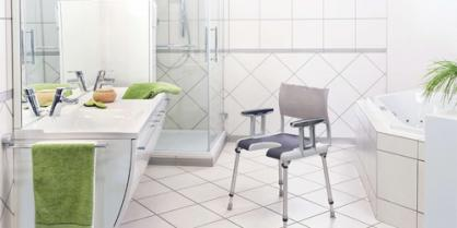 Sièges de douche : pratiques et sécurisés