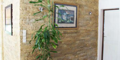 Des murs de pierre en intérieur grâce aux panneaux décoratifs