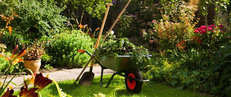 Equipements de jardin accessoires jardin outiror mag maison for Jardinage decoration jardin